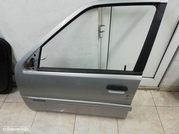 Porta frente esquerda Citroën Saxo de 5 portas