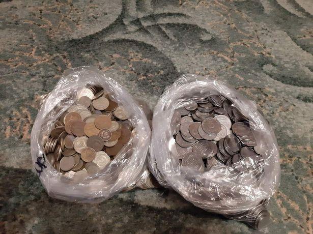 Монеты СССР и Украины .Около 5 кг.