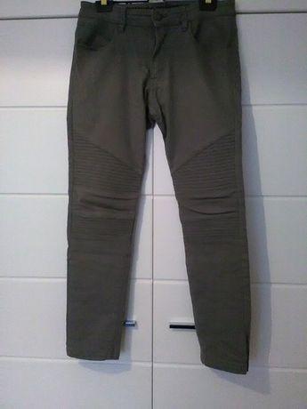 Spodnie chłopięce roz.158