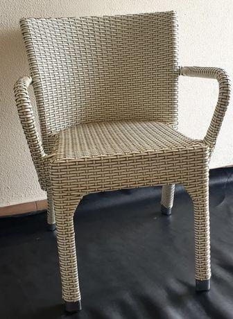 Оригинальный стул-кресло из ратанга