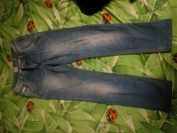Продам джинсы JKS