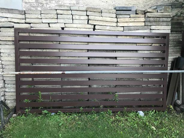 brama panelowa skrzydłowa, metalowa
