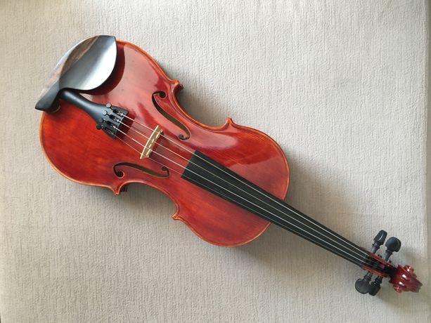 Piękne skrzypce lutnicze