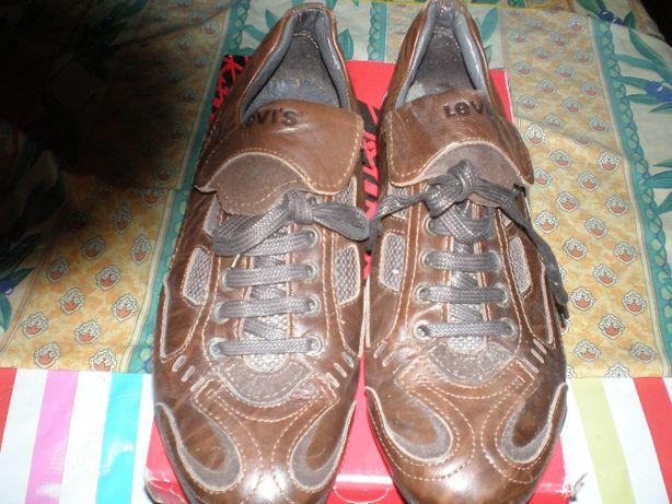 Sapatos Levis original tamanho 41 novos.