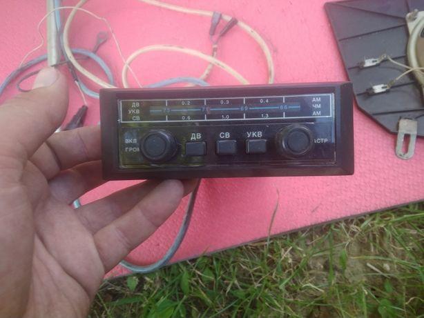 """Ретро - радіоприймач """"Блюз 301"""" з комплектом установки для а/м ВАЗ"""