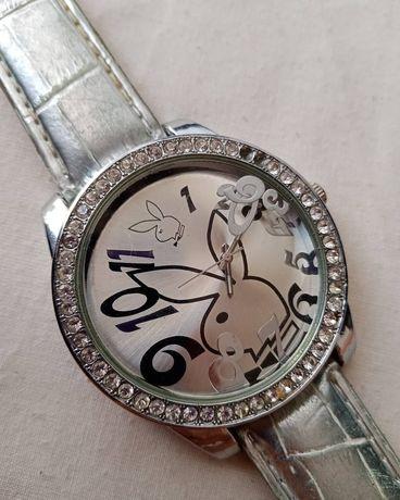 Relógio playboy cinza