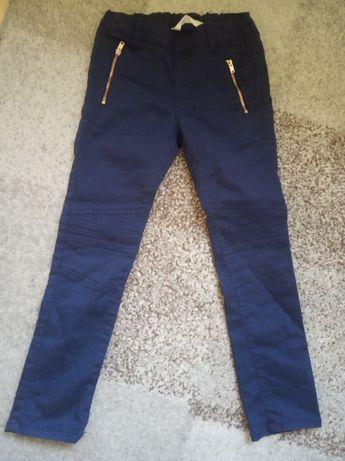 Śliczne spodnie Reserved 116