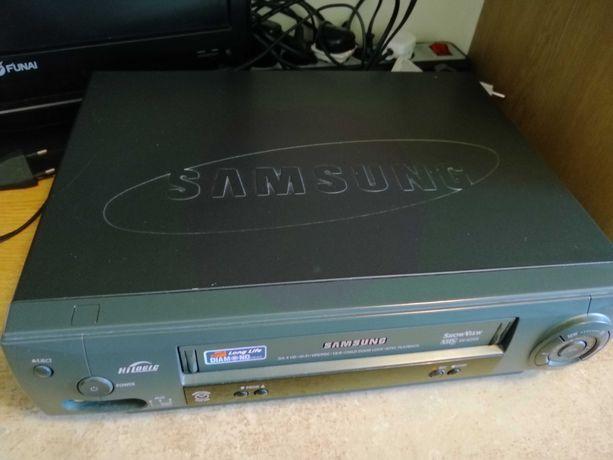 Odtwarzacz VHS Samsung sprawny