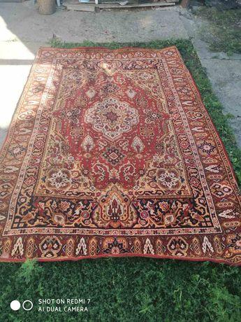 Продам килим гарної якості.