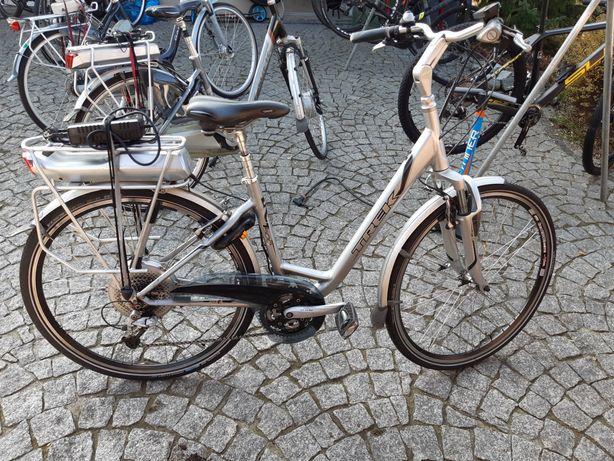 rower elektryczny e-bike trek navigator