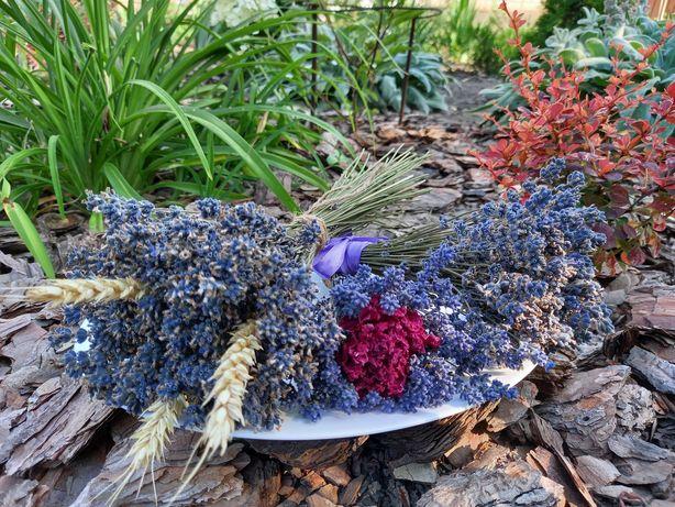Букеты лаванды. Сухоцветы в интерьере