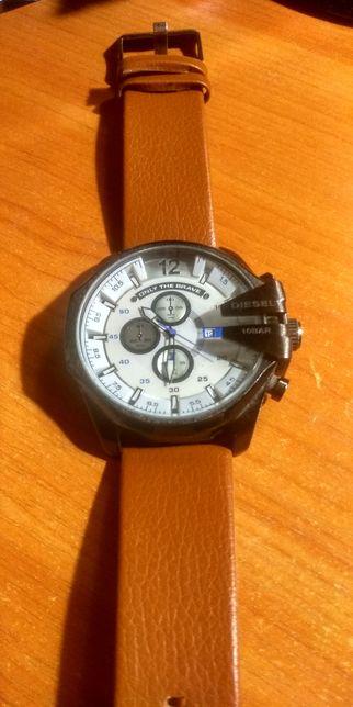 Интересные мужские часы Diesel 10 bar