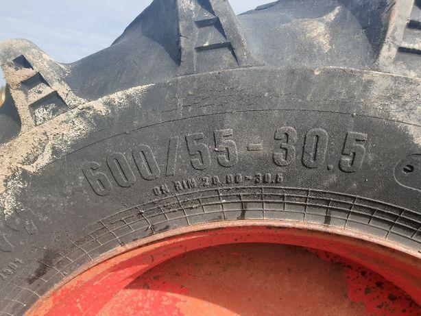 Opony 2szt. 600 55 R30.5