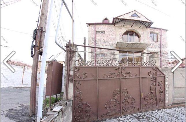 Продам дом в Ереване срочно