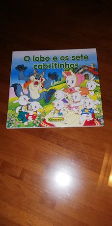 """Livro """"O Lobo e os sete cabritinhos"""""""