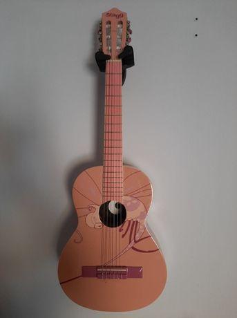 Gitara Stagg 1/2 różowa używana