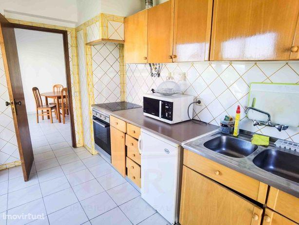 Apartamento T1 + 1 para Arrendar ao Ano na Praia do Vau e...
