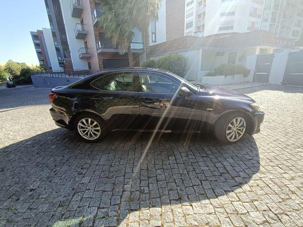 Lexus is220d 177cv