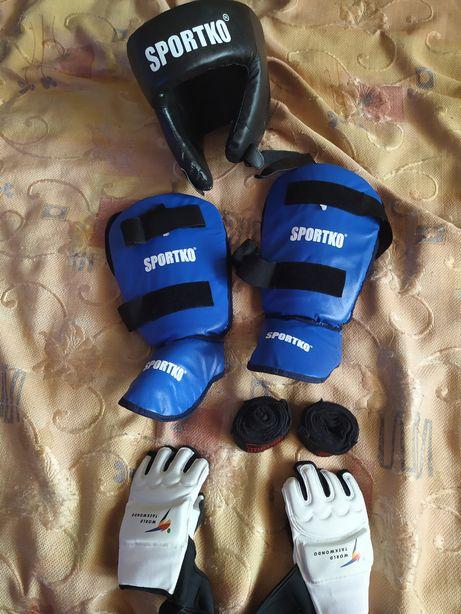 Продам б/у детскую спортивную экипировку для бокса