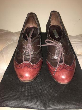 Sapatos clássicos bimba y Lola Bordeaux
