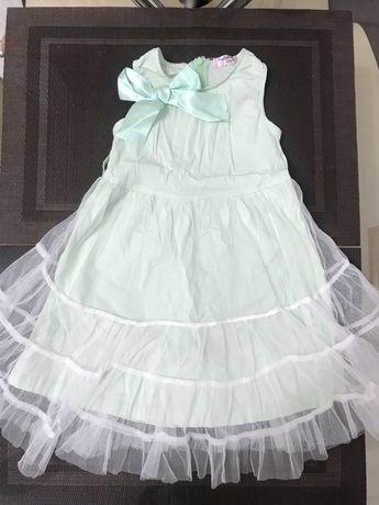 Красивое платье на 1,5 - 2 годика