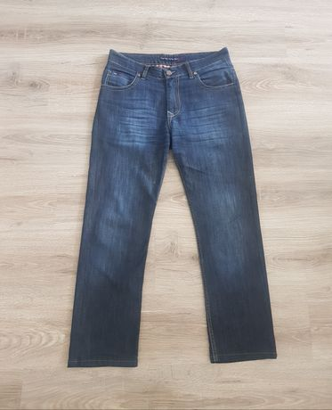 Tommy Hilfiger Denim spodnie męskie Jeans r.33 USA