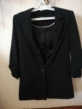 Пиджак чёрный Reserved
