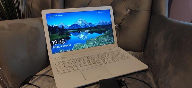 Laptop ASUS..mało używany...BIALY