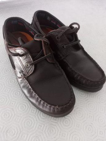 """Sapatos """"vela"""" 32"""