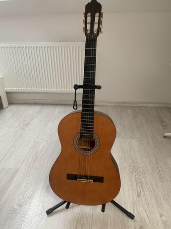 Sprzedam gitarę klasyczną