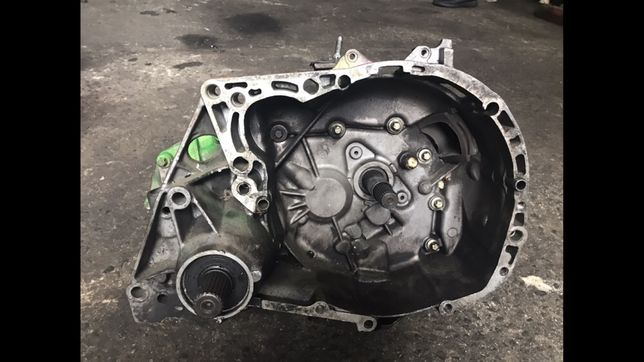 КПП коробка передач на Рено Кенго канго 1.5 1.9 1.4