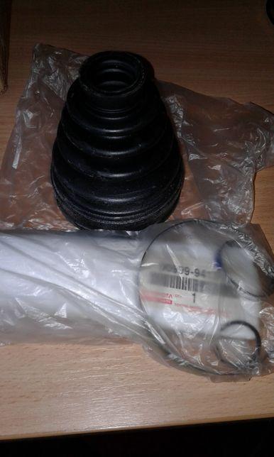 Пыльник шруса внутренний на Toyota Camry v40 2,4l. Оригинал. Цена 35$.
