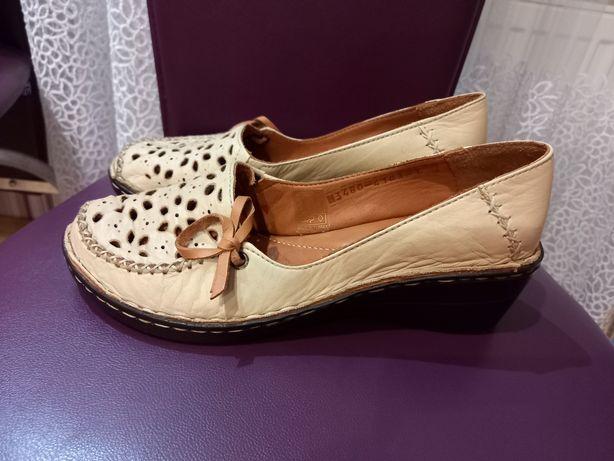 Туфли женские. Турция