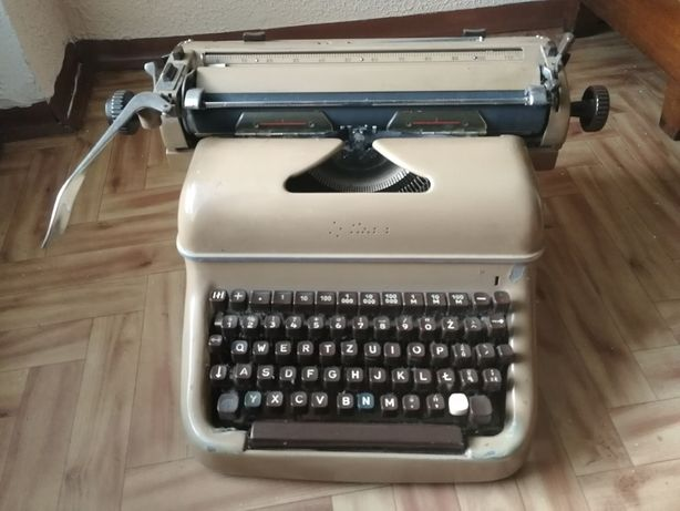 Maszyna do pisania, Olympia, Łódź