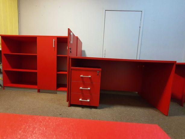 Meble biurowe zestaw 7 elementów + 3 krzesła