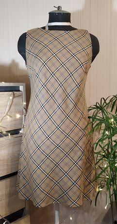 Базовое платье в стиле burberry в школу, офис