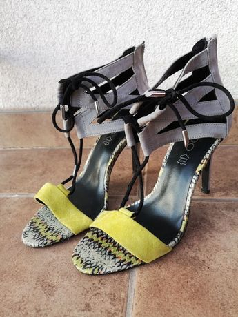 Piękne sandały na szpilce Aldo rozm 40
