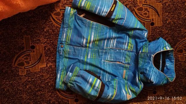 Куртка демисезонная 104. 3-4-5 лет