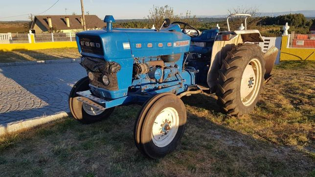 vendo tractor ford 3OOO