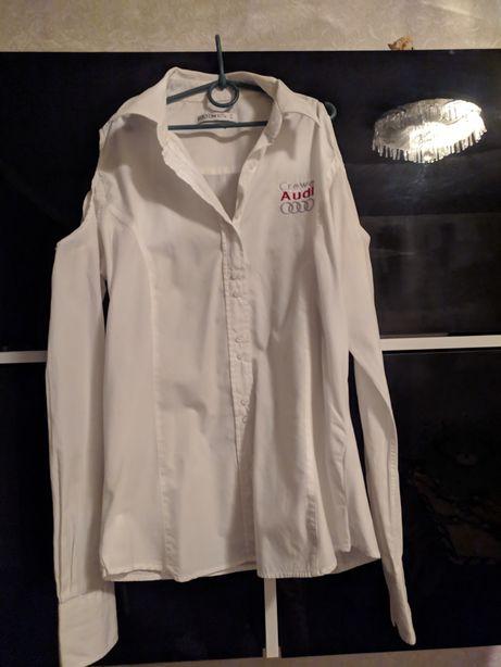 Рубашка белая с открытыми плечами