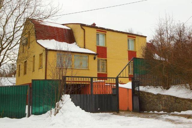 Продаю дом Ржищев с мебелью после кап ремонта