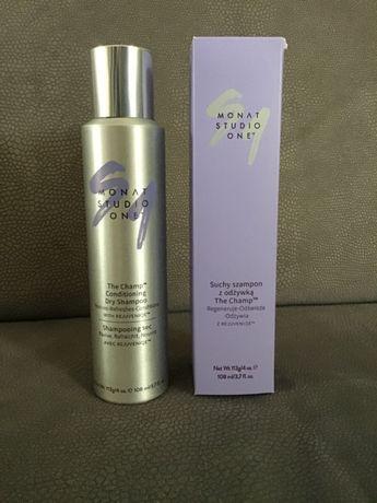 Suchy szampon z odżywką firmy Monat