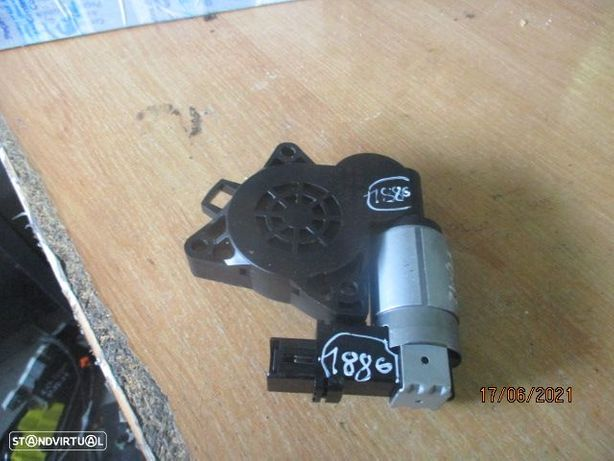 Motor elevador vidro GJ6A5958X CM011730 MAZDA / 5 / 2012 / TD /