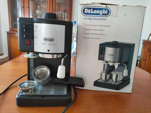DeLonghi Ekspres Ciśnieniowy Caffe Treviso BAR 14 F
