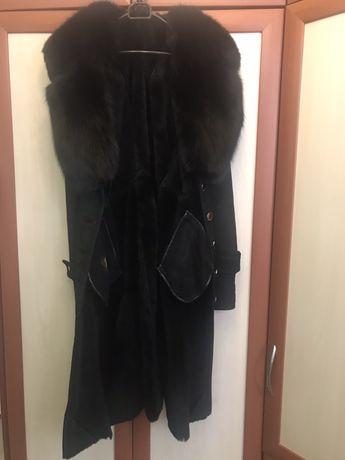 Продам женскую дублёнку, натуральная чёрная, ворот песец. Одесса