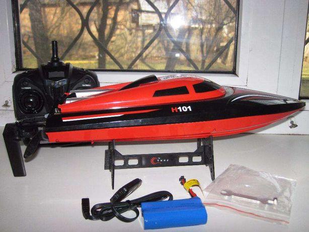 Катер H101 RCboat радиоуправляемый, длина 43 см. Скорость 30 км/ч.