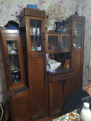 Шкаф кухонный антикварный
