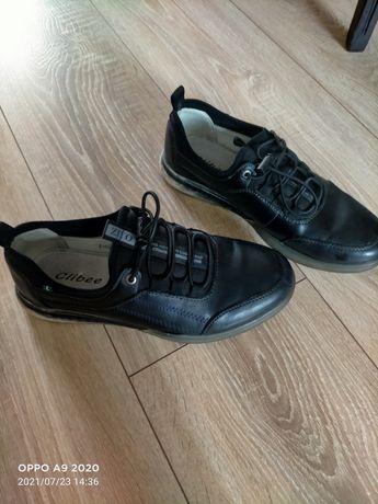 Продам!туфлі на підростка