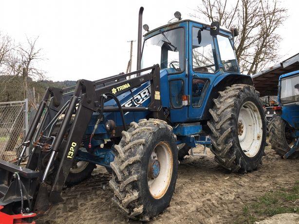 Ciągnik Rolniczy 4x4 FORD 7700