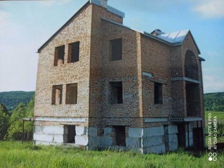 Незавершене будивництво во Львове